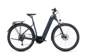 Catalogue Cube touring Hybrid One 400 Easy entry Esprit vélo Paris 13